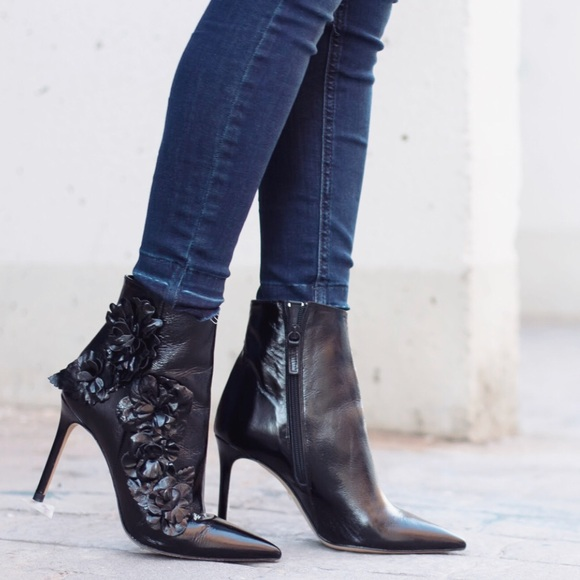 a4520d10c247 Zara Leather High Heel Ankle Boots with Flowers